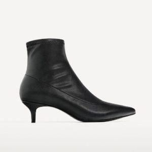 Zara black elastic ankle boots with kitten heels